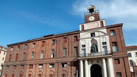 学费高、奖学金少 意大利年轻人学习面临诸多障碍