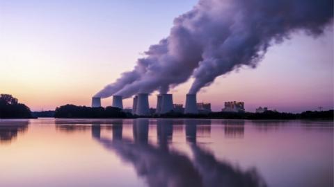 联合国报告:全球控温2度 减排须达3倍