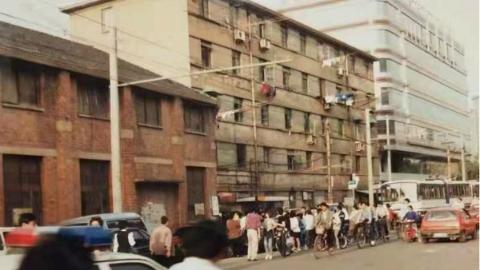 """徐汇警方破获一起22年前的故意杀人案:当年无法验证的证据如今终""""解锁"""""""