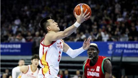 世预赛中国男篮大胜黎巴嫩队