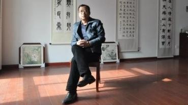 莘庄工业区里的篆刻传承者程振荣:学好书法篆刻,十年不过刚刚起步