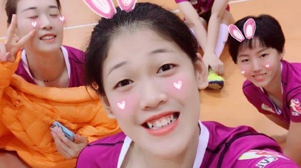 网友热议女排队员李盈莹带妆上场:追求美,有什么不可以?