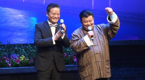 看了独脚戏《石库门的笑声》,秦建国为滑稽归宗喝彩!