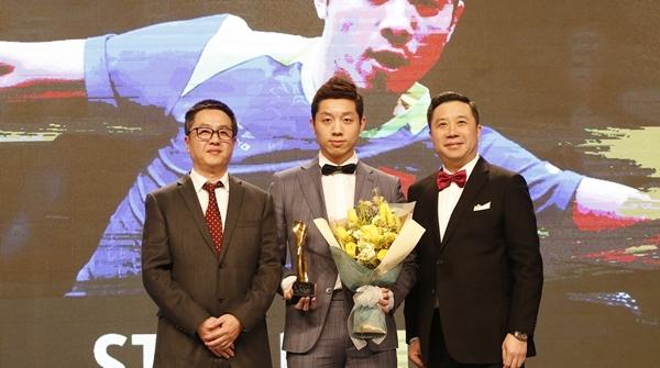 """国乒收获国际乒联三大年度奖项的同时,顺便也""""玩转""""了颁奖盛典"""
