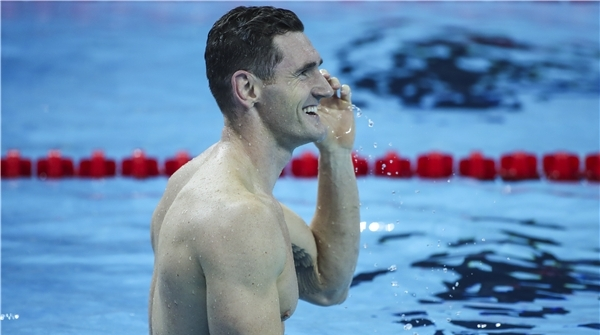 他曾扛起南非游泳大旗,昨天在杭州宣布退役,摇身成为伦敦金融男