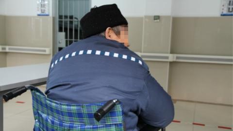 """上海年龄最大的服刑人员今出狱,88岁没有""""身份""""的他将如何安度晚年?"""