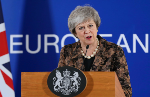 """最终""""脱欧""""能不能履行全看英国自己 梅要劝服议会欧盟""""爱莫能助"""""""