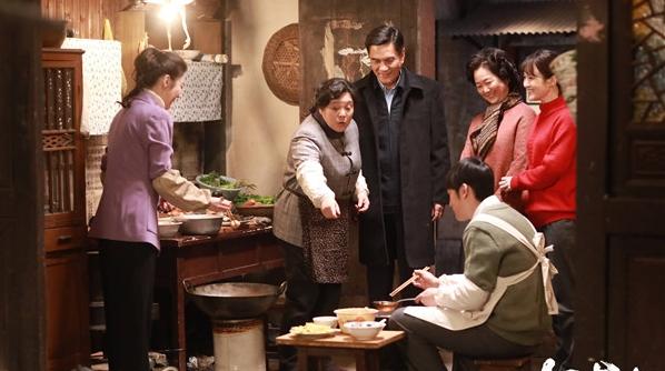 从孙妈妈的爽气到胖阿姨的大气,张芝华:我要演出上海女人这些年的变化