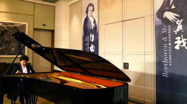"""首度演绎贝多芬32首钢琴奏鸣曲 钢琴家李坚在""""朝圣""""中寻自由真我"""
