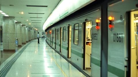 12月31日6条地铁线延时运营 当晚8时起南京东路站临时封站