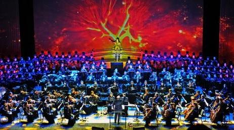 上海轻音乐团《开天辟地——中华创世神话音乐史诗》昨晚上演