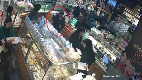 三女贼古镇扒窃 青浦警方6小时破案获网友点赞