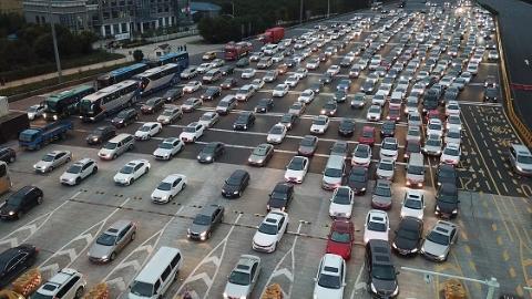 爱申活 暖心春 | 春运期间上海高速公路车流量同比增长10% 日均106万辆次