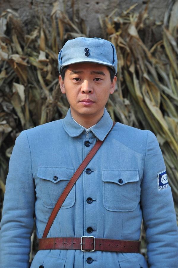 林继东饰冯铁豹.jpg