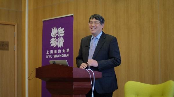 图说:上海纽约大学校长俞立中分享首届毕业生去向 来源:上海纽约大学.jpg