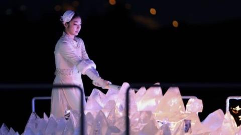 """金妍儿透露点火仪式幕后:只排练两天 心想千万别""""失误"""""""
