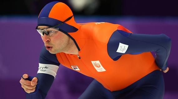 速滑赛场刮起橙色旋风!冰刀上的王国是如何炼成的?
