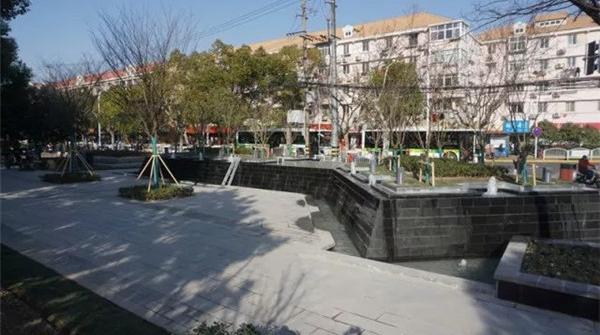 2000平方米绿地昨开园,宝山市民再添休闲锻炼好去处