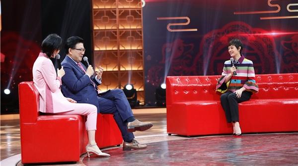 春节,嗑瓜子看电视,是种仪式!上海电视主持人邀你重返客厅