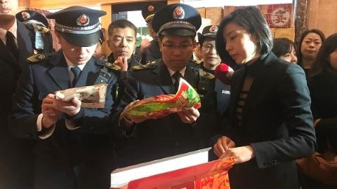 上海市民年夜饭是否新鲜安全?市食药监局今天上午抽检菜场