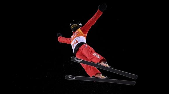 自由式滑雪空中技巧 中国三女将今晚冲金