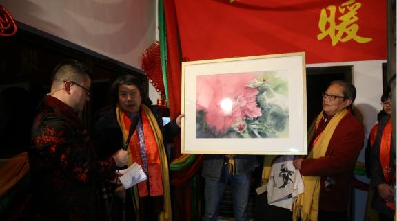 上海书画名家慷慨捐赠  为农村留守儿童圆团圆梦