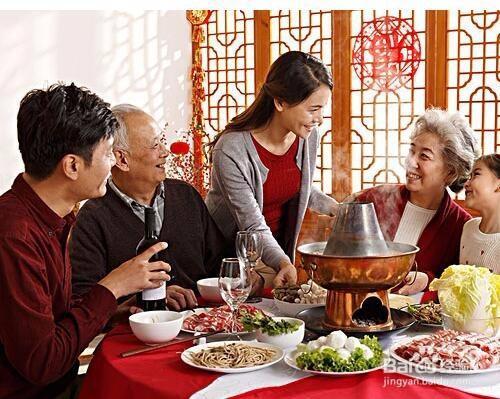 老年人享受美食要细腻