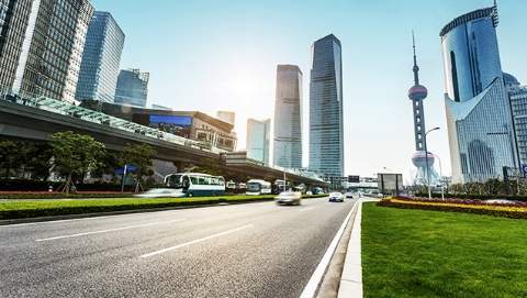 上海市人大常委会上午决定任命22名市政府组成人员