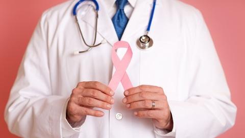 """上海市七医院探索乳腺癌全程化管理""""七师协作治癌""""促进患者康复"""