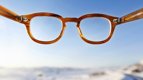 """假期后现""""换镜潮"""" 专家:疲劳用眼仍是近视防控最大阻碍"""