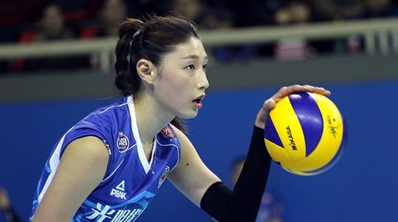 """球队赢球了""""金哥""""轻松了 多点开花的上海女排值得期待"""