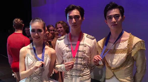 """上海芭蕾舞团第六届南非国际芭蕾舞比赛摘得""""一金二银"""""""