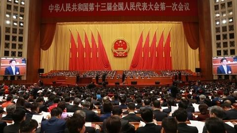 上海交通大学师生热议2018全国两会