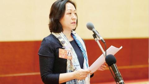 来自北京的报告 | 本次全国人代会上海团新代表超六成:履职尽责新面孔 不负伟大新时代