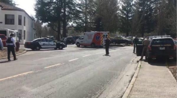 美国加州发生枪击事件 3人被扣为人质