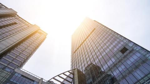 上海国企资产总额逾18万亿元 去年营收同比增长7.8%
