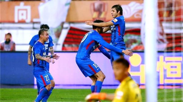 8场比赛7粒进球全由外援打进,球迷期待申花本土球员的表现