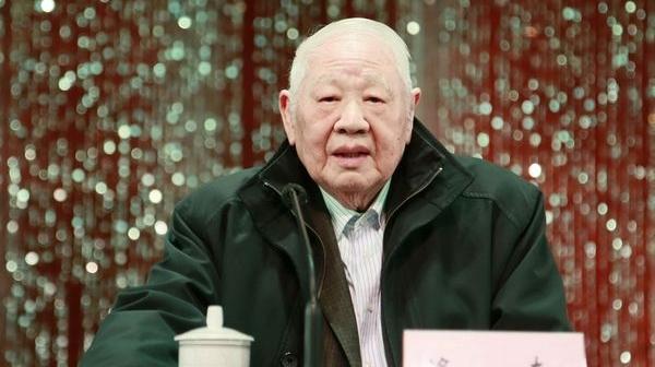 """""""诗魔""""洛夫去世,曾被誉为""""中国诗歌史绕不过去的名字"""""""