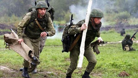 """俄军明白""""手术刀和刺刀都重要"""""""