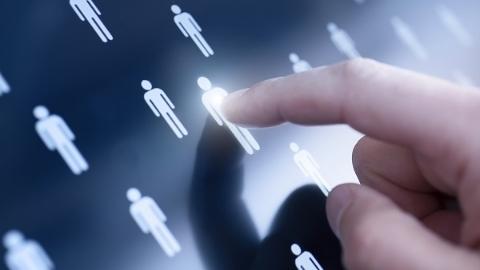 中国职场人跳槽越来越频繁 互联网员工平均在职仅1.47年