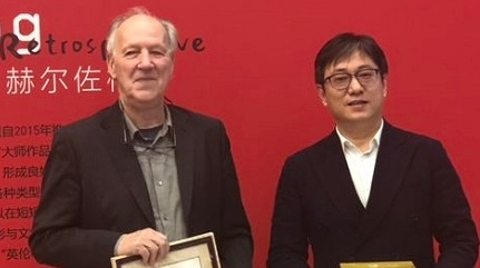赫尔佐格在沪寻找10名合作者:每个人都能成为艺术大师