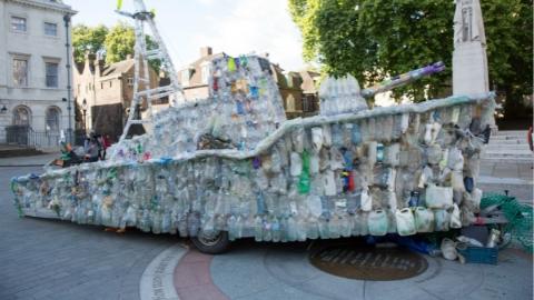 英国将实施饮料瓶回收计划以减少污染