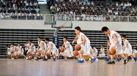 奔跑吧,少年们!市16届运动会青少年体育俱乐部联赛开幕