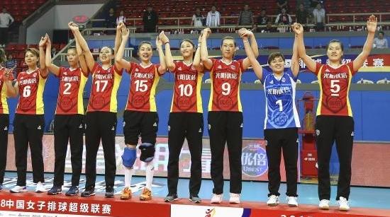球迷温暖,城市有爱!上海女排失冠军得人心