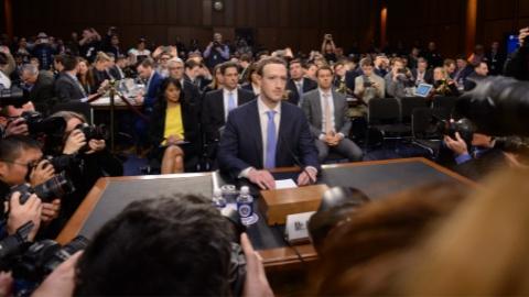 """扎克伯格在国会认错!但""""数据收割""""已""""不可逆"""""""