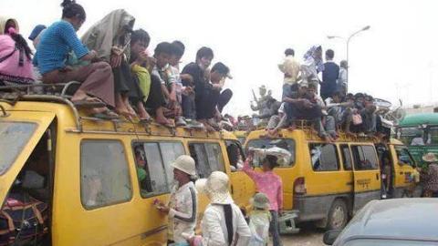 """柬埔寨""""春运""""期间客运公司大幅涨价"""