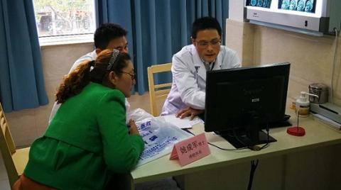 从义诊到手术室 上海医学博士团百县(区)公益行活动正式启动