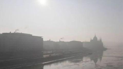 """匈牙利降""""沙尘暴"""",沙尘来自3000公里外的撒哈拉"""
