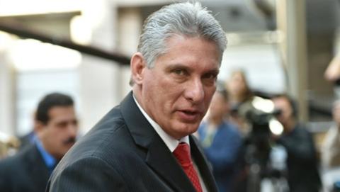 """迪亚斯-卡内尔""""接棒""""卡斯特罗,古巴新元首到底是何人?"""