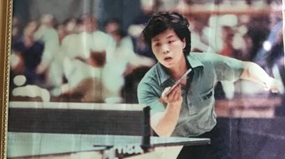 乒乓与我同行健康伴我人生 张德英热心乒乓公益活动